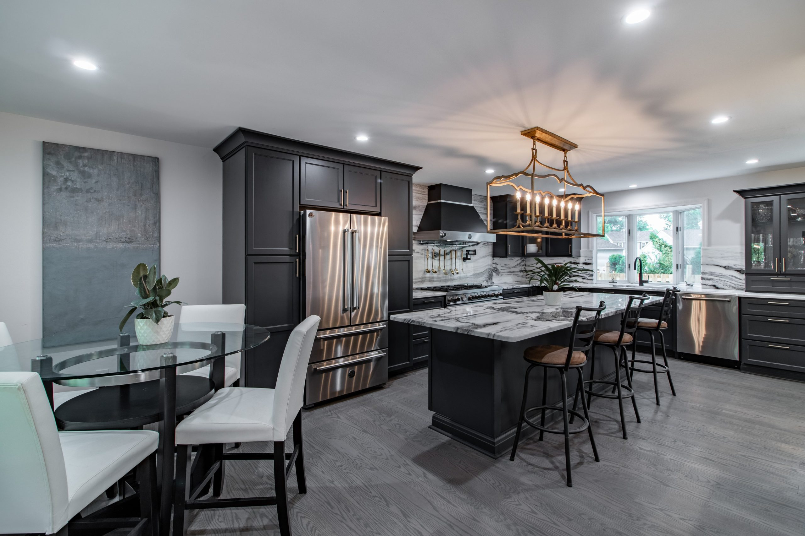 Black Kitchen - Cheap Cabinets