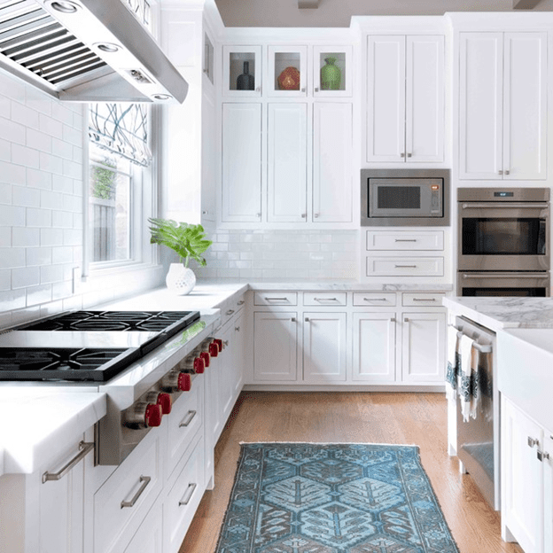 Put the microwave oven In a corner for the best kitchen layout
